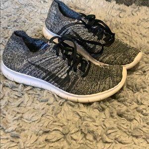 Nike Free Run Flyknit Shoes